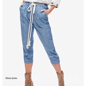 FREE PEOPLE Blue Everyday Chambray Crop Pants, XS